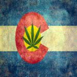 la bandiera del colorado con foglia di canapa